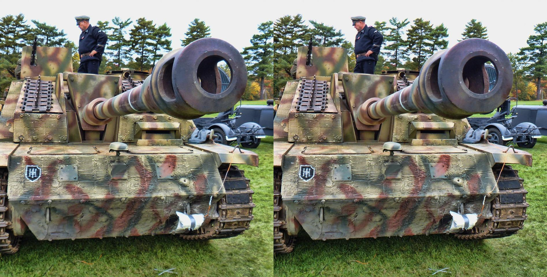 Collings Foundation WORLD WAR II Re-enactment Tank Gun for Pop Out Fans
