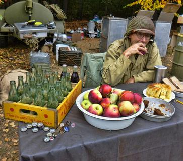 Collings Foundation WORLD WAR II Re-enactment Coke, Apples and Dessert