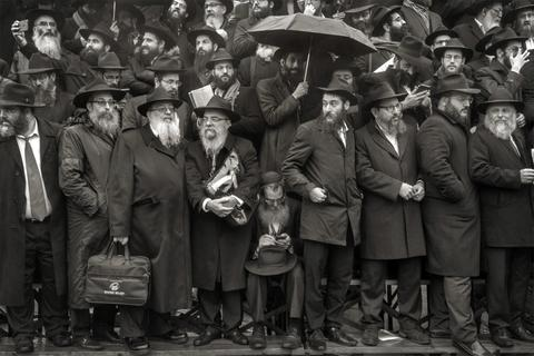 Rabbis in the rain